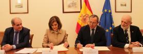Rerepresentantes de Plena inclusión y el Ministerio del Interior firman el acuerdo
