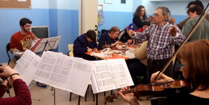 Uno de los talleres de Mosaico de Sonidos en Pamplona