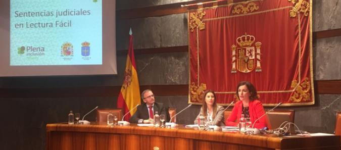 Compañeras de Plena inclusión Asturias presentan el proyecto