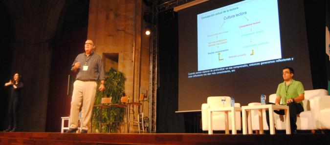 José Antonio Leon presenta la primera parte del estudio en el Congreso Estatal de Accesibilidad Cognitiva