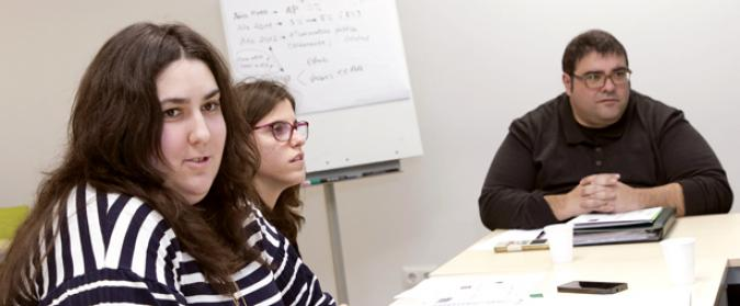 Imagen de Cristina en una reunión de GADIR