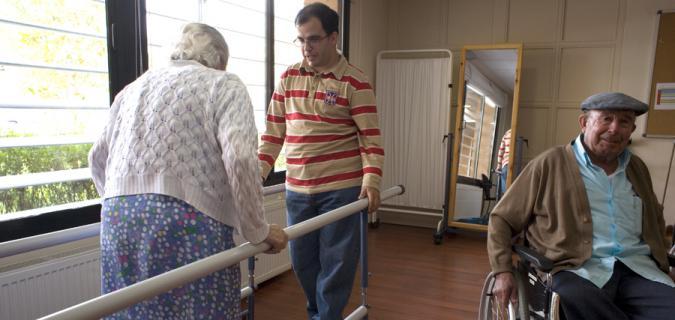 persona con discapacidad intelectual en residencia de mayores