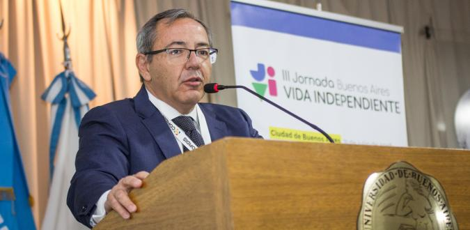 Enrique Galván en la III jornada de Vida Independiente
